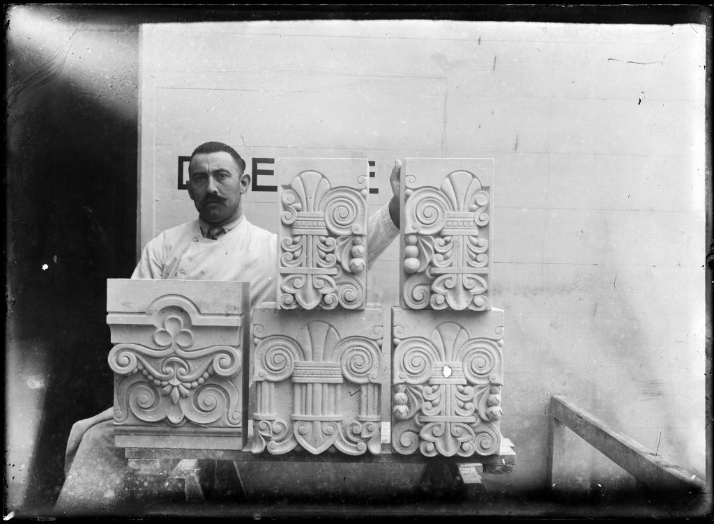 Ornaments for the Amsterdam Stock Exchange, ca. 1914. Glass plate negative from Bureau Cuypers archive. Collection Het Nieuwe Instituut, CUBA n8
